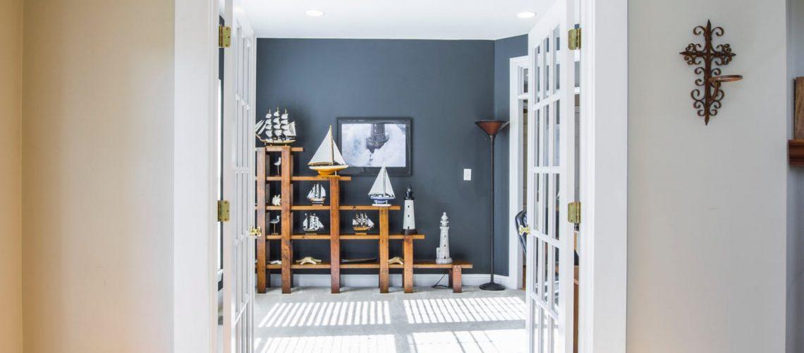 How To Fix A Sagging Door >> How To Fix A Sagging Door Smith Handyman Service
